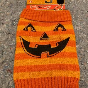 Brand new pet sweater costume pumpkin